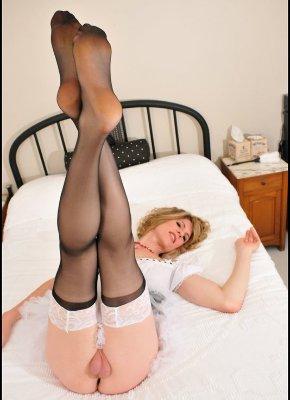 Delia TS Legs