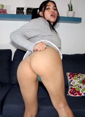 sexy TS Filipina Booty