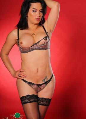 Bianka Nascimento hot shemale body
