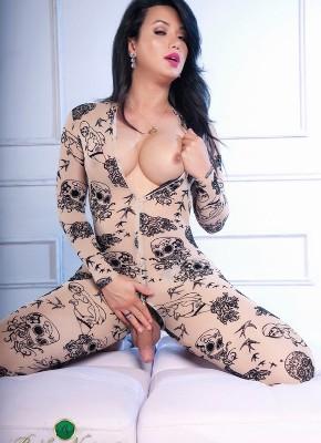 Bianka Nascimento sexy shecock