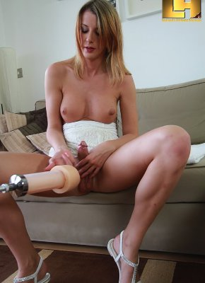 Hot Sexy Shemale Friends